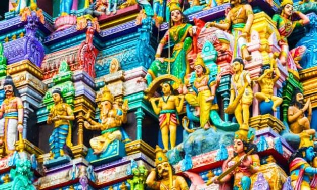 हिन्दुओं के देवता कौन हैं?